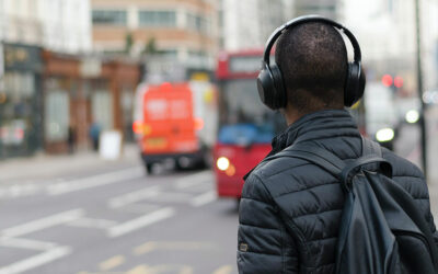 Double Your Vision, Double Your Fun: Listen to Podcasts and Audiobooks at Double Speed